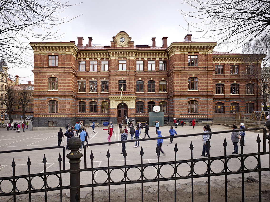 Nya Elementarläroverket för flickor, arkitekt Adrian Peterson 1889. Foto Krister Engström 2013