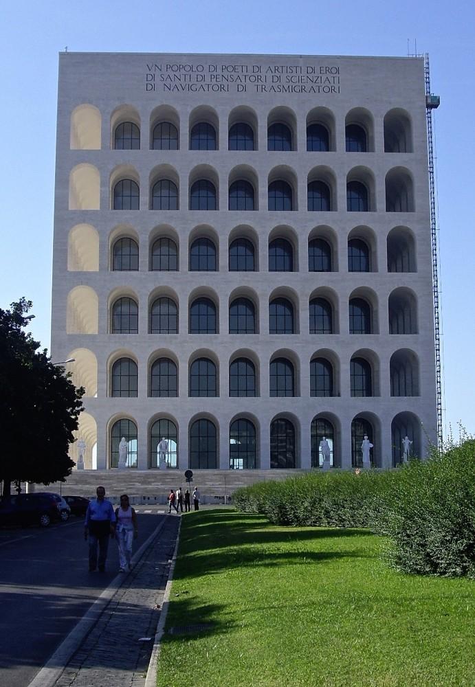 Palazzo della Civilta del Lavoro i EUR från 1940-talet, foto Bjur arkitekter 2007